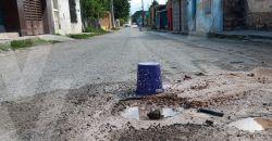 Una fuga más de agua sin que esto importe a funcionario Municipal de Calkiní