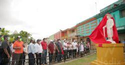 Develan monumento al Campesino en Dzitbalché